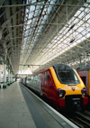 Manchester, North West, England: train in Piccadilly Station - photo by D.Jackson