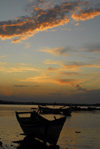 Eritrea - Massawa, Northern Red Sea region: sunset on the old Massawa harbour - photo by E.Petitalot