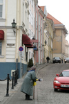 Estonia - Tallinn: rich and poor - Lossi plats (photo by C.Schmidt)