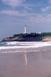 Basque Country / Pais Vasco / Euskadi - Biarritz: the lighthouse and the beach - photo by M.Torres