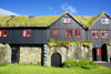 Kirkjub�ur, Streymoy island, Faroes: roykstova of the Kirkjub�argar�ur - 900 years old farm house, formerly the bishop�s residence, is today a museum and museum home of the Patursson family - B�ndagar�urin - photo by A.Ferrari