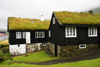 Nor�rag�ta village, Eysturoy island, Faroes: houses with peat roof - the village is famous for Tr�ndur G�tuskegg, of the Icelandic saga Faereyingasaga - G�tu kommuna municipality - photo by A.Ferrari