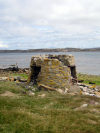 Falkland islands / Ilhas Malvinas - East Falkland island - Port Stanley: ruined tower - photo by C.Breschi