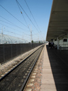 France - PACA - Vaucluse department - Avignon - Railway Station - the rails and overhead lines - photo by D.Hicks