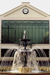 La Varenne, Val-de-Marne, Ile-de-France: fountain and glass fa�ade - photo by Y.Baby