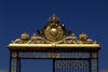 Versailles, Yvelines département, France: Palace of Versailles / Château de Versailles - detail of the main entrance - gilded iron - photo by Y.Baby