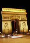 France - Paris: Arc de Triomphe by night II (photo by K.White)