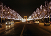 France - Paris: night - Avenue Des Champs Elysees - Christmas lights (photo by K.White)