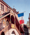 France - Mulhouse / Mulhausen  (Haut-Rhin - Alsace): flying the french colours - Hôtel de ville, place de la Reunion (photo by Miguel Torres)