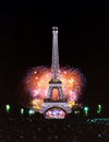 Paris, France: fireworks and Eiffel Tower / feux d'artifice et la Tour Eiffel - photo by A.Bartel