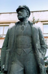 Comrat / Komrat, Gagauzia, Moldova: V.I. Lenin is still around - Prospekt Lenin - photo by M.Torres
