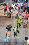 Banjul, The Gambia: people cross the water to board the ferry - Banjul ferry terminal - photo by M.Torres