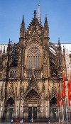 Germany / Deutschland - Cologne / Koeln / CGN (North Rhine-Westphalia):  the Cathedral's southeast entrance - Unesco world heritage site  (photo by Miguel Torres)