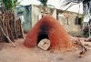 Ghana / Gana - Gomoa Fetteh: an oven (photo by Gallen Frysinger)