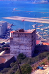 Gibraltar: the Union Jack over an old Arab bastion - Tower of Homage - Moorish Castle - photo by M.Torres