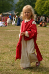Gotland island - Visby: medieval girl - medieval week - blonde girl - photo by C.Schmidt