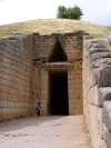 Greece - Mycenae (Peloponnese): entrance to one of the tombs - photo by G.Frysinger