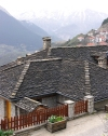 Greece - Metsovo (Epirus / Ipiros province): slate roof homes - photo by G.Frysinger