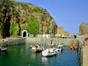 Channel islands /  îles anglo-normandes - Sark island / ile de Sercq / Sèr: Creux harbour - photo by T.Marshall