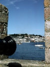 Channel islands - Guernsey / GCI:  St. Peter Port - gunner's point of view (photo by T.Marshall)