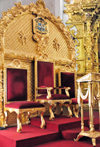 Tegucigalpa, Honduras: Metropolitan Cathedral - gilded Cardinal's seat - Catedral de San Miguel - photo by M.Torres