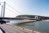Hungary / Ungarn / Magyarorsz�g - Budapest: Erzs�bet bridge - seen from Pest (photo by Miguel Torres)