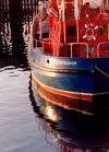 Reykjavik: reflections - trawler in the fishing harbour (Akranes) (photo by M.Torres)