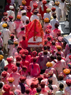 Pushkar, Rajasthan, India: religious procession seen from above - photo by J.Hernández