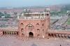 India - Delhi: Friday mosque - red sandstone gate (photo by J.Kaman)