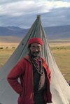 India - Ladakh - Jammu and Kashmir: Ladakhi man and his tent - photos of Asia by Ade Summers