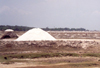 India - Mahabalipuram / Mamallapuram: salt pans - photo by M.Torres
