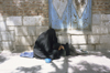 Iran - Isfahan: beggars - woman with child - photo by W.Allgower