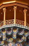 Iran - Shiraz: minaret detail - muqarnas and balcony - mausoleum of Sayyed Aladdin Hossein - photo by M.Torres