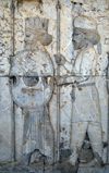 Iran - Persepolis: Apadana - Eastern stairs - central wall - Mede and Persian soldiers - relief - photo by M.Torres