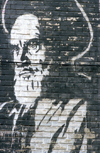 Iran: black and white mural of Grand Ayatollah Ruhollah Khomeini - photo by W.Allgower
