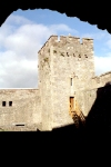 Ireland - Cahir (county Tipperary): inside Cahir castle - tower (photo by M.Bergsma)
