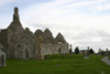 Ireland - Clonmacnoise - County Westmeath: Ruined churches and gravestones - photo by N.Keegan