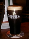 Ireland - Wicklow: pint of Guinness (photo by R.Wallace)