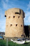 Jersey - St. Aubin's bay: martello tower (Gunsite Slip)