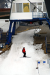 Kazakhstan - Chimbulak ski-resort, Almaty: skier at the terminal between the 1st and 2nd stages - photo by M.Torres