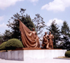 North Korea / DPRK - Taesong Mountains: Cemetery for revolutionary heroes - bronze (photo by M.Torres)