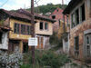 Kosovo: ghost of a Serbian quarter - photo by A.Kilroy