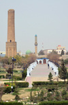 Erbil / Hewler / Arbil / Irbil, Kurdistan, Iraq: Minare Park - Choli Minaret / Mudhafaria Minaret and Kurdish gallery of fame - photo by M.Torres