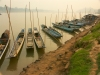 Laos - Luang Prabang / Louangphrabang / Luang Phrabang / Luang Probang: boats in the Mekong River (photo by P.Artus)