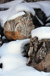 Lebanon, Baalbek: snow covered ruins - acanthus leaves - photo by J.Pemberton