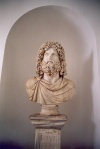 Libya - Sabratha: the Roman Museum - bust - Ioui Africanus (photo by M.Torres)