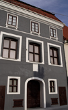 Lithuania - Vilnius: architectural example - Didzioji Street - photo by Sandia
