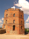 Lithuania - Vilnius / VIlna: Gediminas' Tower on its hilltop - photo by J.Kaman