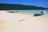 Perhentian Island, Terengganu, Malaysia: Flora Bay - two boats moored on white sandy beach - photo by S.Egeberg
