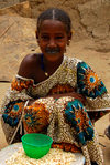 Djenn�, Mopti Region, Mali: Fulani girl at the market - photo by J.Pemberton